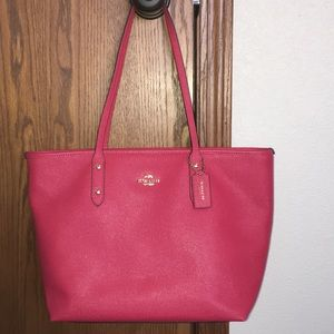 Authentic Coach Purse in Excellent Condition